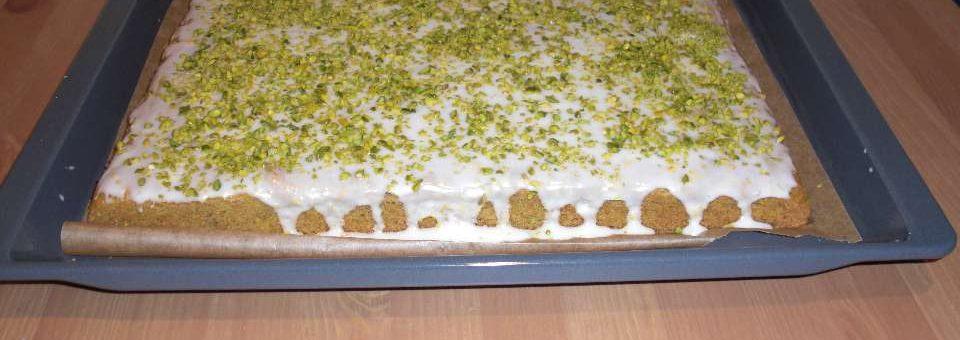 Avokado-Pistazien Kuchen